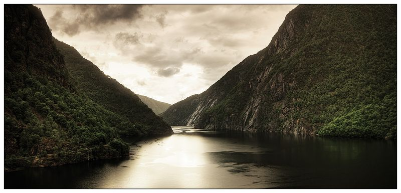 Norway__7___Dark_Fjord_by_JoelBelessa