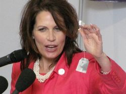 Bachmann-with-tea-bag
