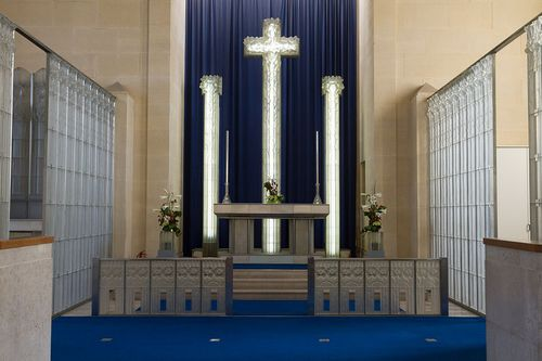 1024px-St_Matthew's_Church,_Millbrook_-_interior